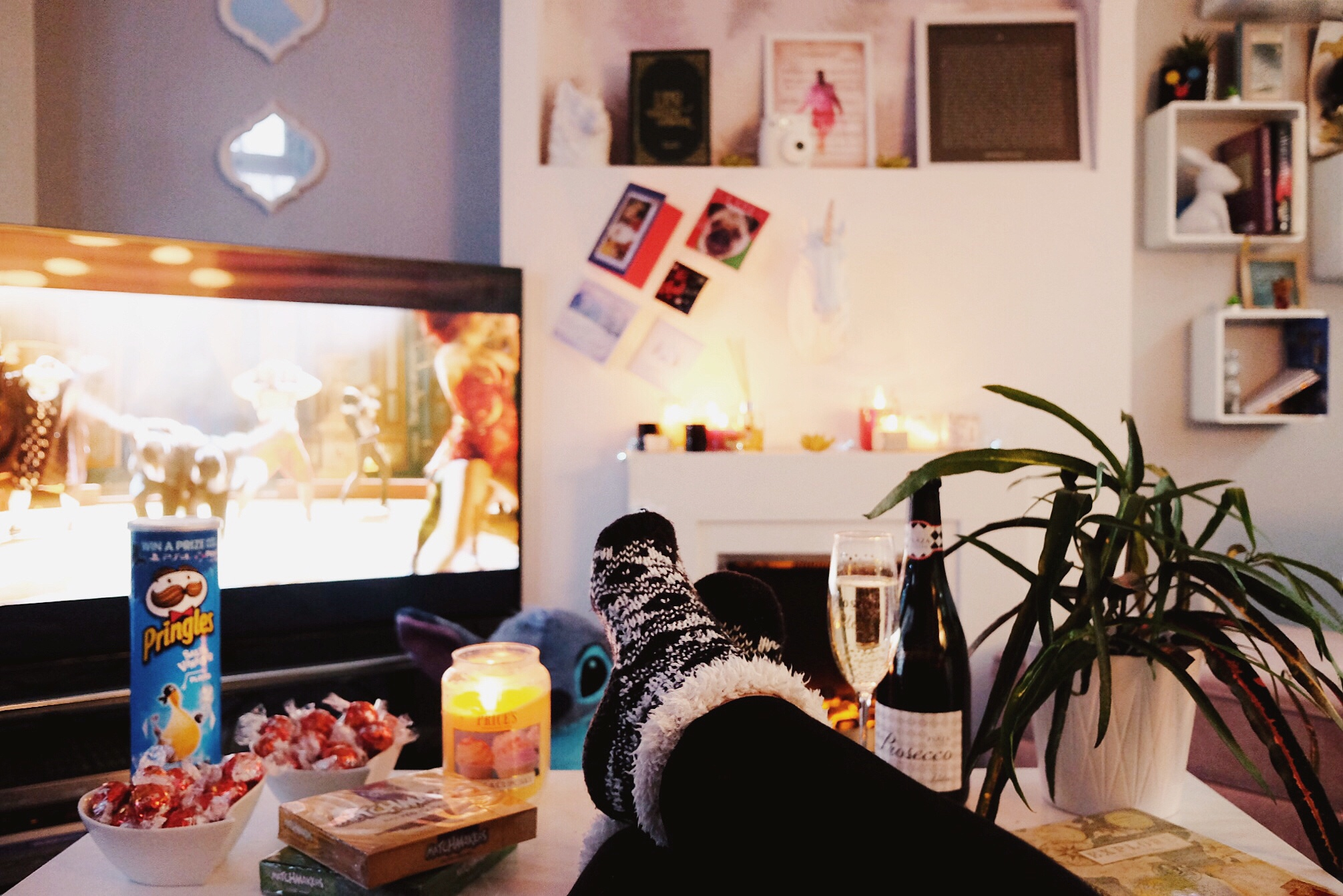 A guide to the perfect cosy night in for one